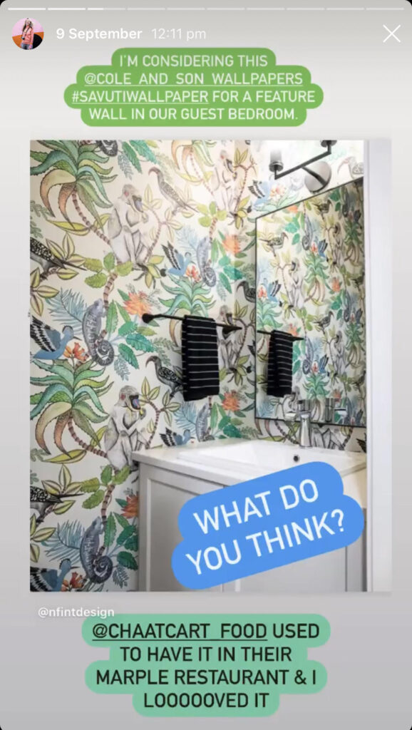 Instagram Story with a picture of tropical wallpaper.